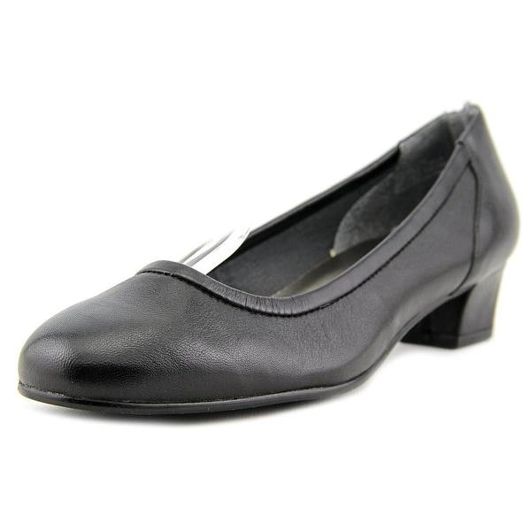 David Tate Sabra Women Round Toe Leather Loafer