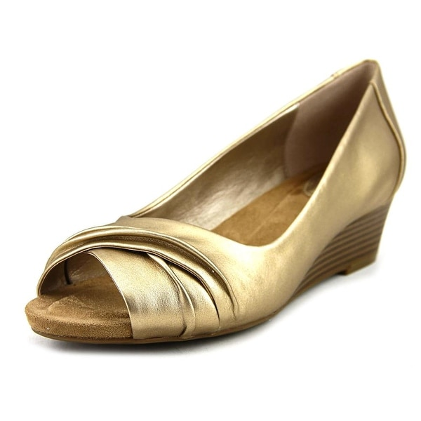 Giani Bernini Rivey Women Oro Sandals