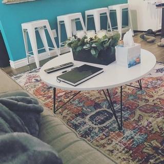 "Safavieh Mid-Century Modern Maris Lacquer White / Black Coffee Table - 33.5"" x 33.5"" x 14"""
