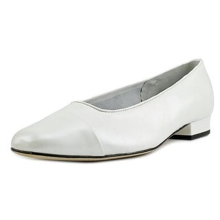 Vaneli Frank  W Round Toe Leather  Flats