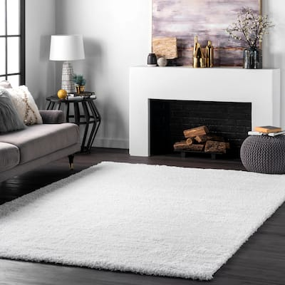 nuLOOM Soft and Plush Cloudy Solid Shag Area Rug
