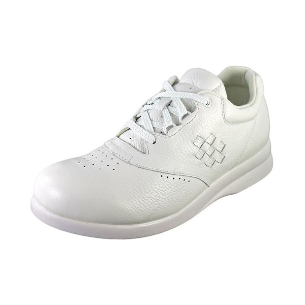Canfield By P.W. Minor Leisure Women W Round Toe Leather Sneakers