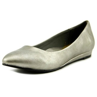 Soft Style by Hush Puppies Darlene W Pointed Toe Leather Flats