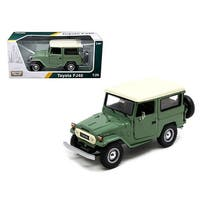 Toyota FJ40 Medium Green 1/24 Diecast Model Car by Motormax