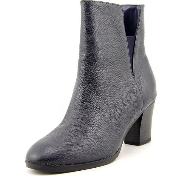 Isaac Mizrahi Vanessa Women Round Toe Leather Ankle Boot