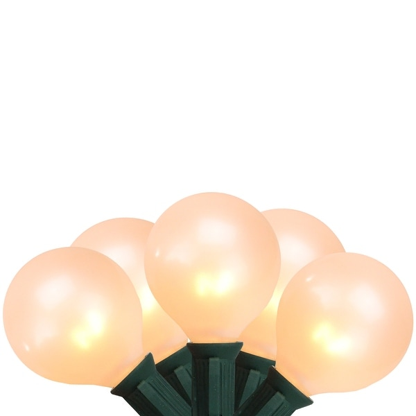 Set of 15 White Pearl G50 Globe Christmas Lights - Green Wire
