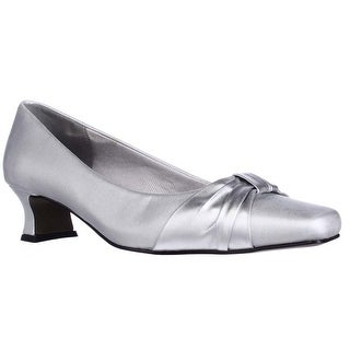 Easy Street Waive Kitten Pump Heels, Silver