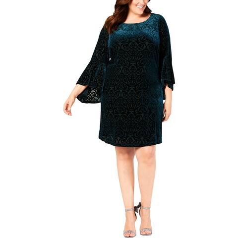 Jessica Howard Womens Plus Party Dress Velvet Bell Sleeves