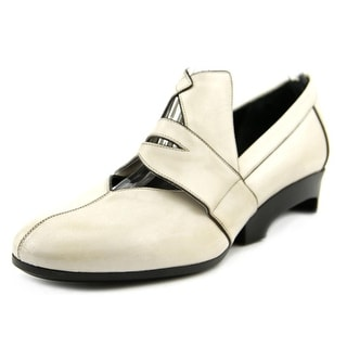 Marc Jacobs Suzy Round Toe Leather Oxford