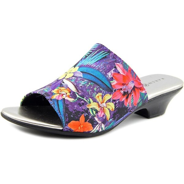 Karen Scott Eveline Women Tropical Sandals