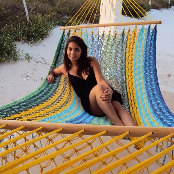Sunnydaze American Style Mayan Hammock with Spreader Bar, Multicolor