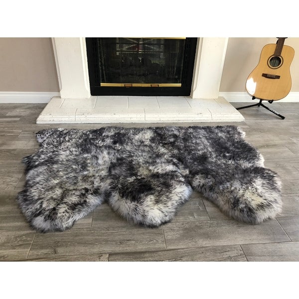 Dynasty Natural 3-Pelt Luxury Long Wool Sheepskin White with Black Tips Shag Rug - 3' x 4'6""