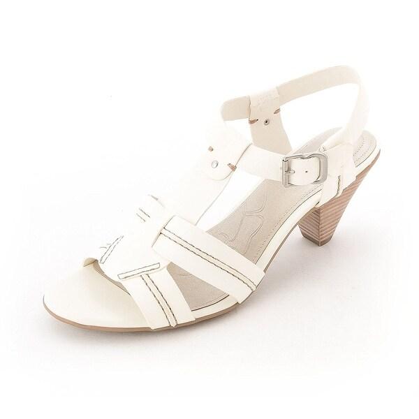 Giani Bernini Agata T Strap Heels Creme Size 9.5