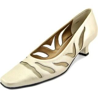 Vaneli Racilia N/S Square Toe Leather Heels