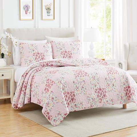Floral Patchwork 3-Piece Quilt Set