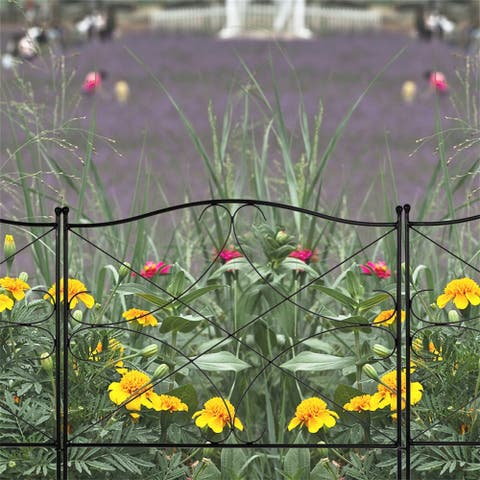 Fashionable and Beautiful Diamond Iron Garden Fence