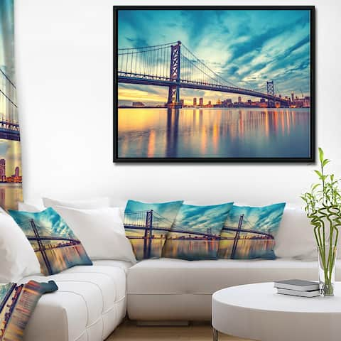 Designart 'Ben Franklin Bridge in Philadelphia' Cityscape Framed Canvas Print