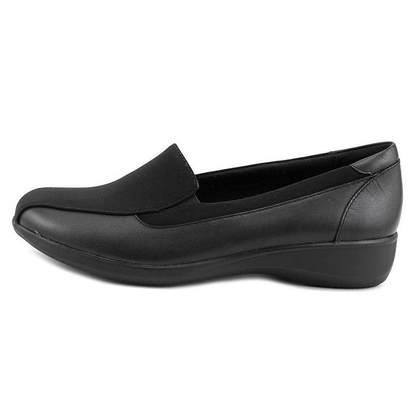 CLARKS Womens Gael Castor Closed Toe Loafers