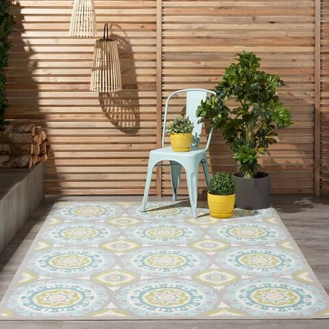 Waverly Sun N' Shade Indoor Outdoor Boho Medallion Area Rug