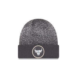 Chicago Bulls On Court Grey Cuffed Knit Hat