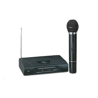 Professional Wireless Microphone System - 50 m. Range