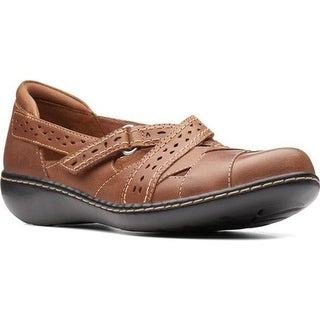 Clarks Women's Ashland Spin Dark Tan Oily Leather