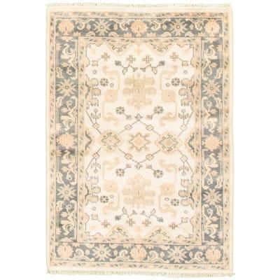 ECARPETGALLERY Hand-knotted Royal Ushak Cream Wool Rug - 4'2 x 5'10