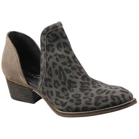 "Diba True Shy Town Cheetah Womens Boots Ankle Low Heel 1-2"" - Grey"