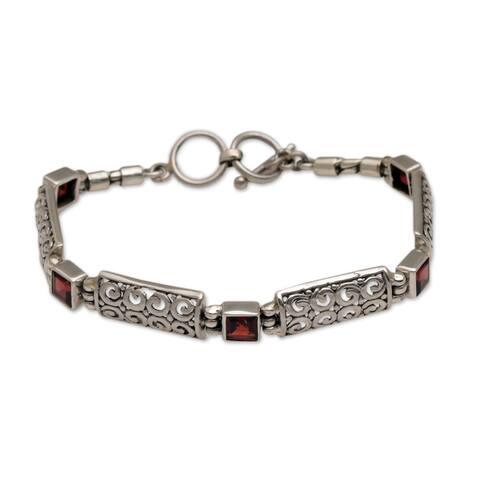 NOVICA Wind and Fire, Garnet link bracelet