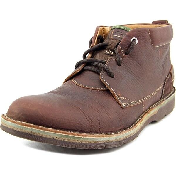 Clarks Narrative Edgewick Mid Round Toe Leather Chukka Boot