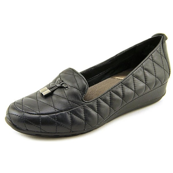 Easy Spirit Belesa Round Toe Leather Loafer