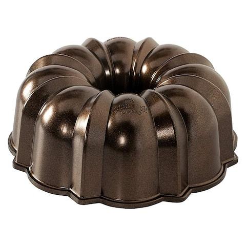 Nordic Ware Pro Cast Aluminum Original Bundt Pan Bakeware, 12 Cup, Bronze