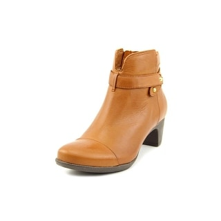 Softwalk Ivannhoe N/S Round Toe Leather Ankle Boot