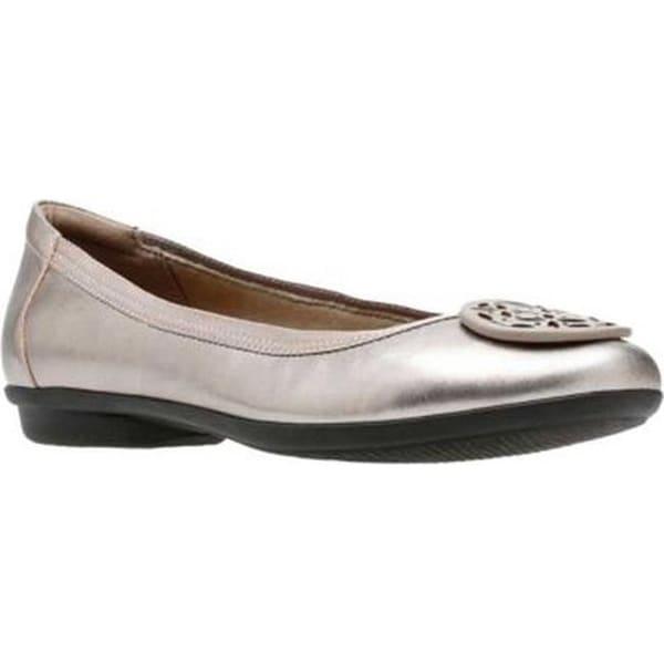 97b9b21adec6 Clarks Women  x27 s Gracelin Lola Ballet Flat Pewter Metallic Full Grain  Leather