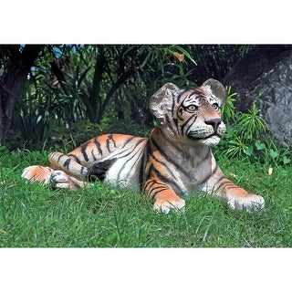 Design Toscano The Grand-Scale Lying Down Bengal Tiger Cub Statue