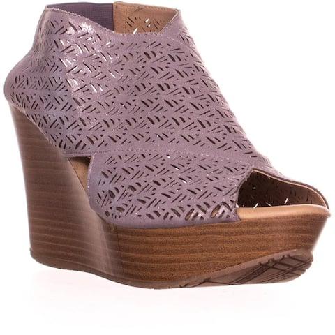Kenneth Cole REACTION Sole Safe 2 Wedge Sandals, Pewter - 8.5 US / 39.5 EU