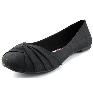 Rocket Dog Myrna   Round Toe Canvas  Flats