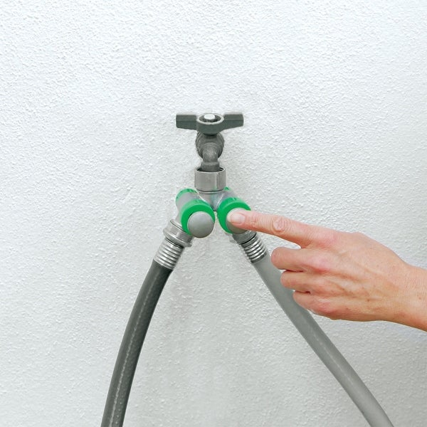 PusH20 Finger Push Garden Hose Splitter