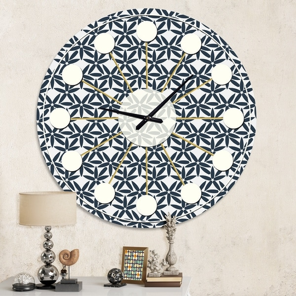 Carson Carrington Tomming 'Retro Abstract Flower Design IV' Mid-Century Wall Clock. Opens flyout.