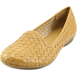 Naturalizer Sandee Women W Round Toe Leather  Loafer