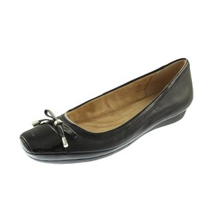 Naturalizer Womens Vision Bow Patent Trim Ballet Flats - 7.5 narrow (aa,n)