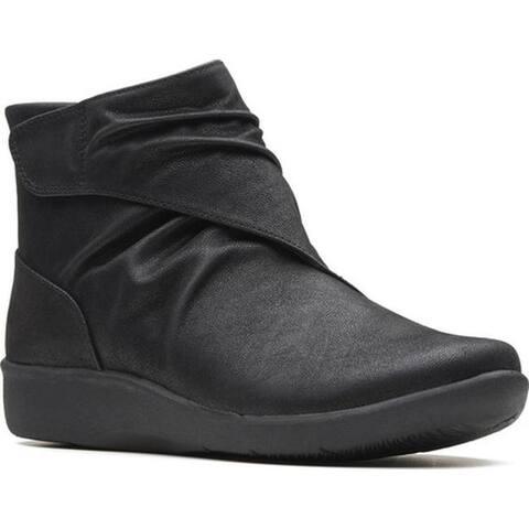 Clarks Women's Sillian Tana Ankle Boot Black Synthetic