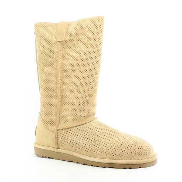 0a21106a348 Shop UGG Womens Classic Unlined Tawny Snow Boots Size 8 - On Sale ...