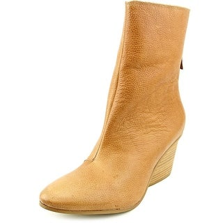 Matisse Fireside Women Pointed Toe Leather Ankle Boot