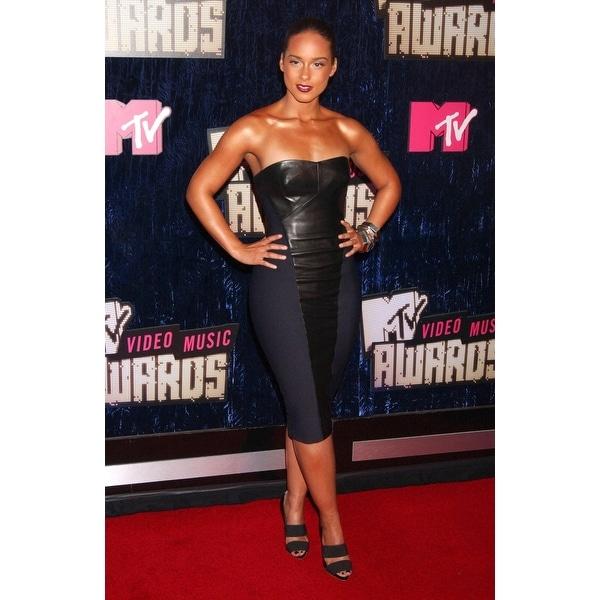 Shop Alicia Keys At Arrivals For Mtv Video Music Awards VmaS 2007