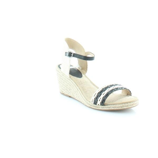 a5b9405ad08 Shop Lucky Brand Kavelli 2 Women's Sandals & Flip Flops Blk / Nigori ...