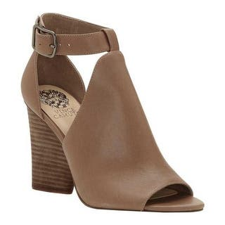10f781e81708 Buy Vince Camuto Women s Sandals Online at Overstock