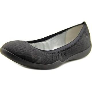 Tahari Nina Round Toe Leather Flats