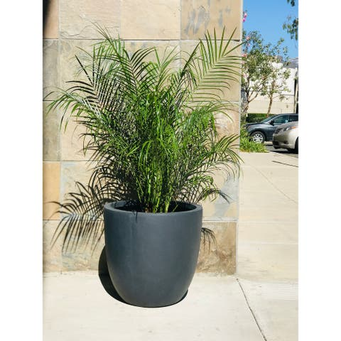 Kante Lightweight Concrete Modern Seamless Outdoor Round Planter, 17 Inch Tall, Charcoal