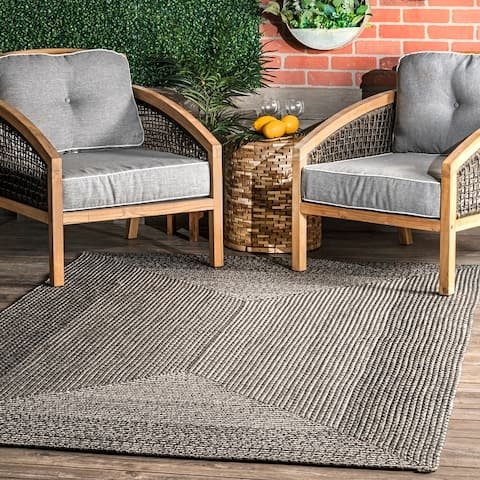 nuLOOM Jayda Braided Ombre Indoor/Outdoor Area Rug